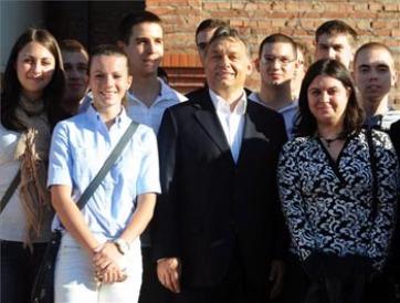 Az épülő újvidéki Európa Kollégiumban is járt Orbán Viktor - A cikkhez tartozó kép