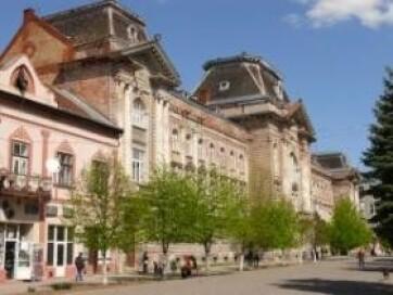 Félmilliárd forintos költségvetési támogatás a beregszászi magyar főiskolának - A cikkhez tartozó kép