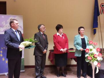 Magyar állami kitüntetést vehetett át Huszár Elvira, Varnyú Ilona és Hulló István - A cikkhez tartozó kép