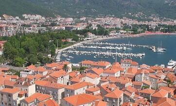 Montenegró: Háromszáz eurós büntetés a tartózkodást be nem jelentő turistáknak - A cikkhez tartozó kép