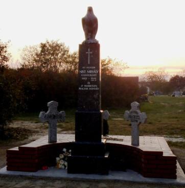 Kegyeletadás emlékműavatással Bezdánban - A cikkhez tartozó kép