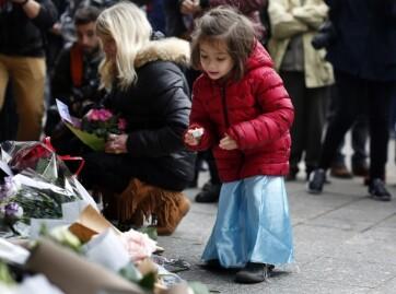 Allah vértanúi Párizs ellen  - A cikkhez tartozó kép