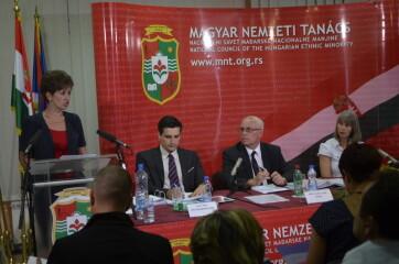 MNT-ülés: A TJGYT dönt a továbbiakban a Magyar Szó és a Hét Nap főszerkesztőjének a kinevezéséről - A cikkhez tartozó kép