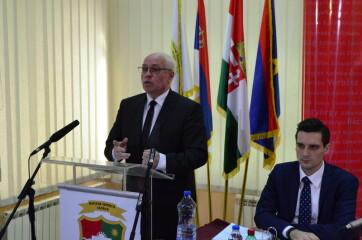 Félidőben jár a magyar kisebbségi önkormányzat Hajnal Jenő vezetésével - A cikkhez tartozó kép