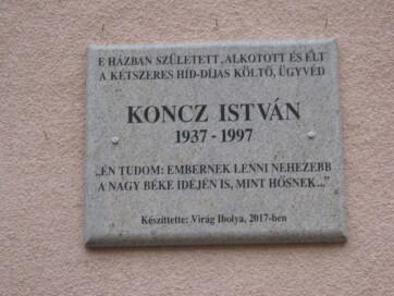 Magyarkanizsa: Emléktáblát avattak Koncz István szülőházán - A cikkhez tartozó kép