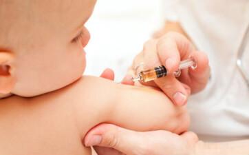 Március elsejétől újabb kötelező védőoltás a gyermekek számára - A cikkhez tartozó kép