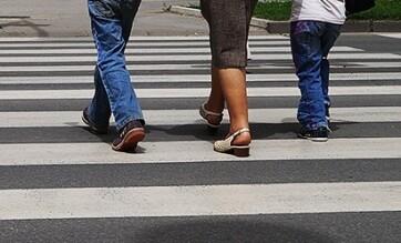 Módosítják a közlekedésbiztonságról szóló törvényt: Csillagászati büntetések a gyalogosoknak - A cikkhez tartozó kép