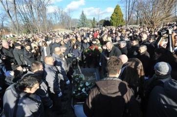 Eltemették Belgrádban Oliver Ivanovićot - A cikkhez tartozó kép