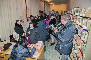 Őrszállás: Eredményes volt a lakosok tiltakozása, újra dolgozik a könyvtár - A cikkhez tartozó kép