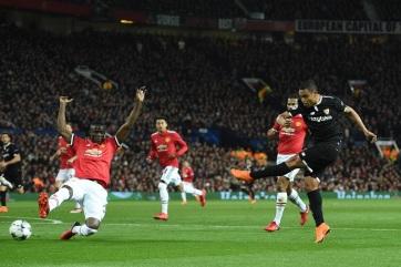 LABDARÚGÁS BL : Kiesett a Manchester United - A cikkhez tartozó kép