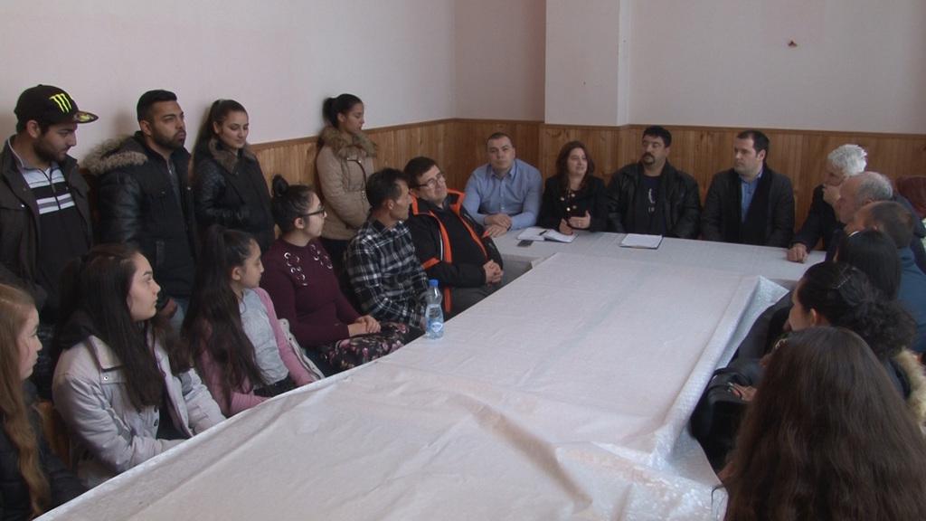 Roma bekapcsolódott randevú kor törvényei Wisconsin