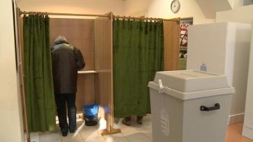 Választás 2018: A Szabadkai Főkonzulátuson zavartalan a szavazás - A cikkhez tartozó kép