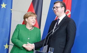 Vučić főleg Koszovóról tárgyalt Angela Merkellel - A cikkhez tartozó kép