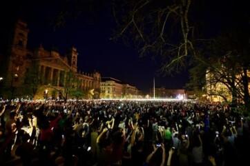 Rogán Antal: Soros György pénzéből szervezte a szombati tüntetést a hálózata - A cikkhez tartozó kép