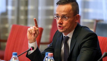 Szijjártó Péter: Ukrajnában újabb csapást készítenek elő a nemzeti kisebbségekkel szemben - illusztráció