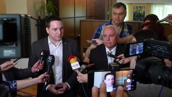 Szabadkán tárgyalt a nemzeti tanácsok képviselőivel Branko Ružić államigazgatási miniszter - illusztráció