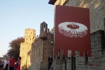 Čortanovci: Különleges előadásokkal készül az idei Shakespeare Fesztivál - A cikkhez tartozó kép