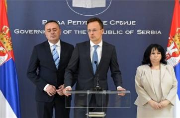 Szijjártó Péter Belgrádban: Garantálni kell az energiaellátás biztonságát - A cikkhez tartozó kép