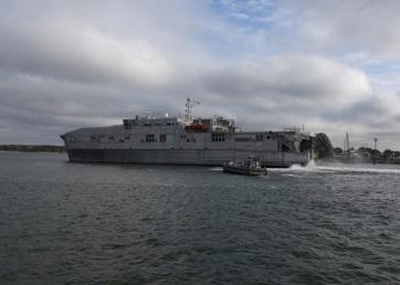 Nem tud hol kikötni egy migránsokat megmentő amerikai hadihajó - A cikkhez tartozó kép