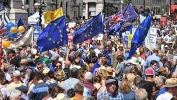 Brexit: Tízezrek tüntettek Londonban az újabb népszavazásért - illusztráció