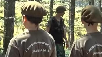 A rendőrség bezárta a zlatibori katonai ifjúsági tábort - illusztráció
