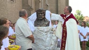 Szent István-mellszobrot avattak Csantavéren - illusztráció