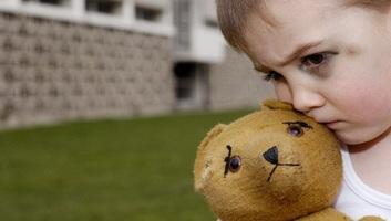 A génekig terjed a gyermekkori bántalmazás hatása - illusztráció