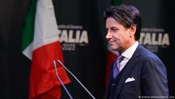 Olasz kormányfő: Módosítani kell a Frontex és más európai műveletek szabályait - illusztráció