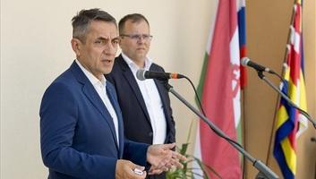 Potápi: Minden magyar gyermek számára biztosítani kell a magyar oktatási intézményt - illusztráció
