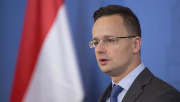 Szijjártó: Elítéli a kormány a kárpátaljai magyarok megfélemlítésére tett kísérleteket - illusztráció