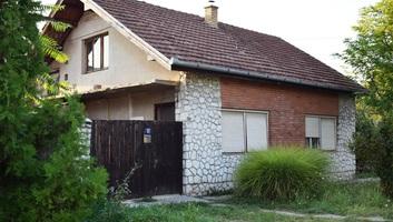 Két csontvázat találtak egy zentai házban - illusztráció