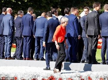 Napi fotó: Theresa May szerint holtpontra jutottak...