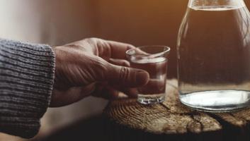Naponta nyolcezer ember hal meg az alkohol miatt - illusztráció