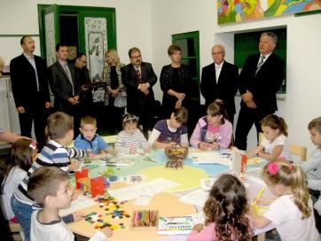 Grezsa István Nagybecskereken két óvodában is látogatást tett - A cikkhez tartozó kép