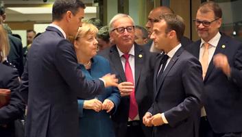 Megint furcsán viselkedett Juncker - illusztráció