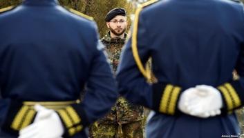 Belgrád szerint elfogadhatatlan a koszovói hadsereg megalakítása - illusztráció