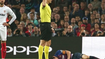 Labdarúgás: Lionel Messi súlyos sérülést szenvedett - illusztráció