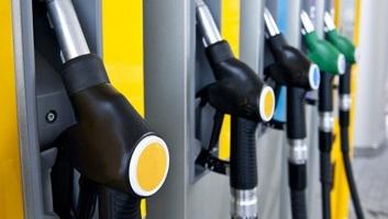 Csökkent az üzemanyagok ára Magyarországon - illusztráció