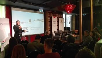Grezsa István: Az értékeink megőrzése a cél - illusztráció