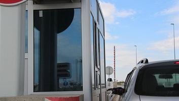 Mihajlović: Nem tervezzük az útdíj összegének emelését - illusztráció
