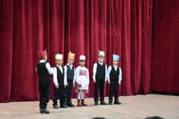 A magyar iskolaválasztás érdekében 20 ezer határon túli óvodásnak küld karácsonyi ajándékot a Rákóczi Szövetség - A cikkhez tartozó kép