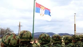 Vučić szerbiai katonai alakulatoknál tett látogatást - illusztráció