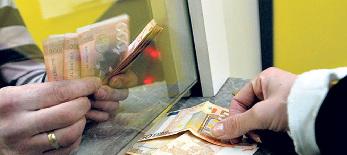 Korlátoznák a szerbiai pénzváltókat: A bankok harácsolhatnak? - illusztráció