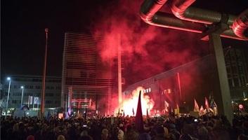 Budapest: Az ellenzék tovább tiltakozik, az MTVA feljelentést tesz - illusztráció