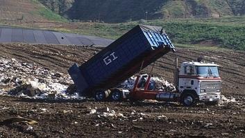 A szerbiai földeket a szennyezés, az erózió és a földcsuszamlás veszélyezteti - illusztráció