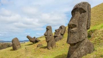 Vízforrásokat jelölhettek a Húsvét-szigetek óriási szoborfejei - A cikkhez tartozó kép