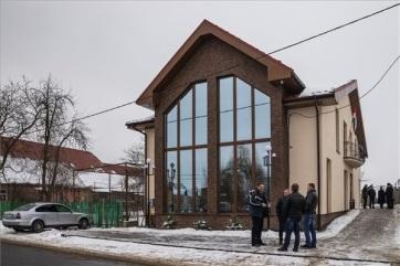 Kárpátalja: Átadták a nagydobronyi Magyar Házat - A cikkhez tartozó kép