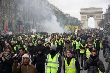 Francia zavargások: Ismét tüntettek a sárgamellényesek, egy ember súlyosan megsérült - A cikkhez tartozó kép