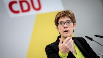 A CDU Angela Merkel részvétele nélkül kezdte meg a 2015 óta követett menekültpolitika feldolgozását - A cikkhez tartozó kép