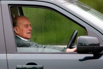 Visszaadta jogosítványát Fülöp herceg - A cikkhez tartozó kép